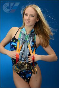 В 2017 синхронистки олимпийской сборной Чигирева Влада и Каланча Михаела успешно закончили обучение по программе бакалавриата